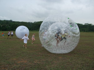 kids parties bubble ball